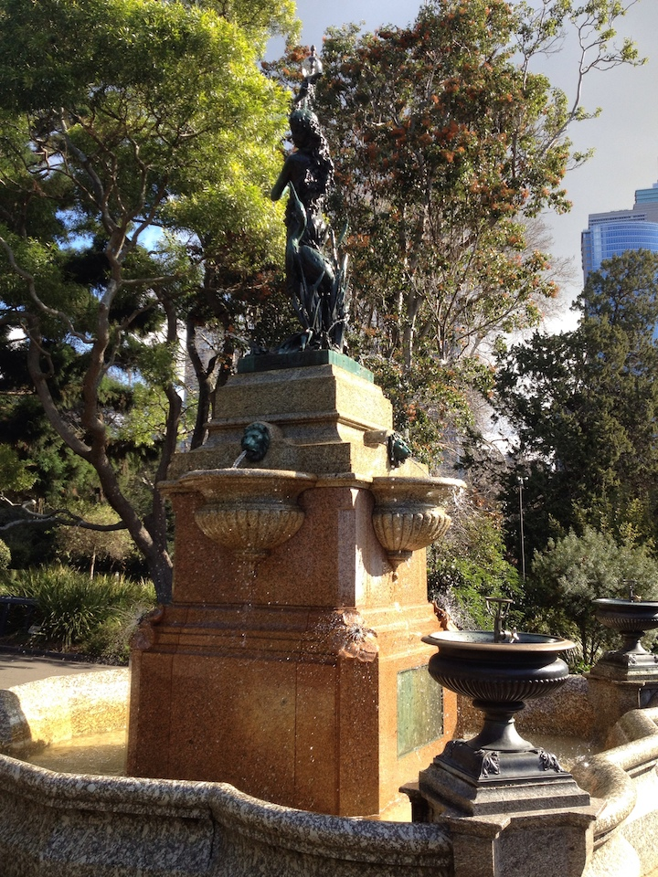 Fountain in Sydney Botanical Gardens