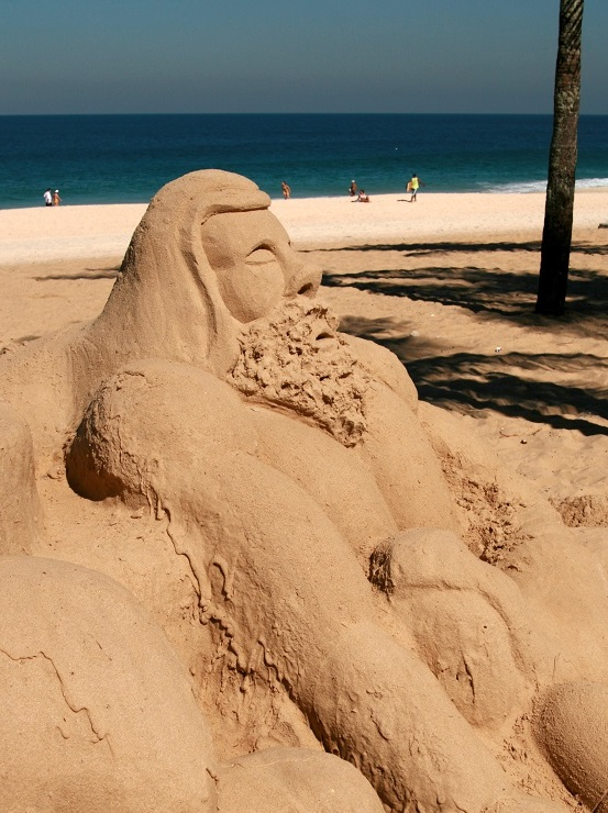 Sand art, Ipanema Beach