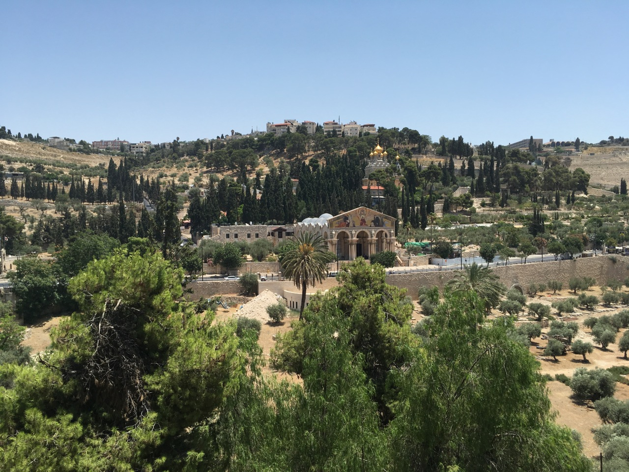 No martinis for Mount of Olives ascent